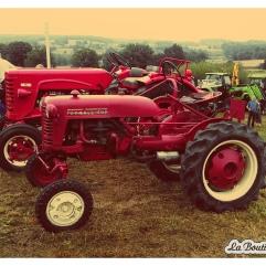 Un tracteur Farmall Cub très bien restauré !