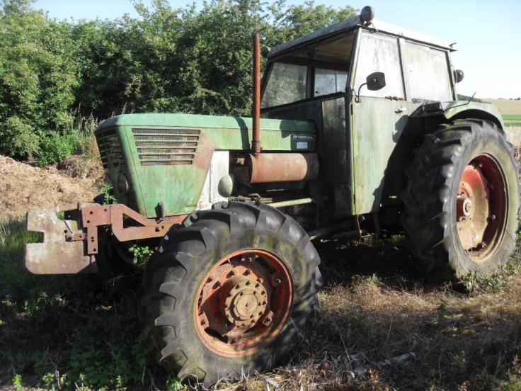 Visite du tracteur chez l'ancien propriétaire.